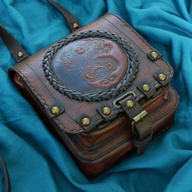 Сумка мужская Saddle Bag Dragon Feng Shui brown leather