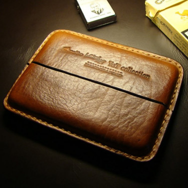 Кожаный портсигар Classic brown leather