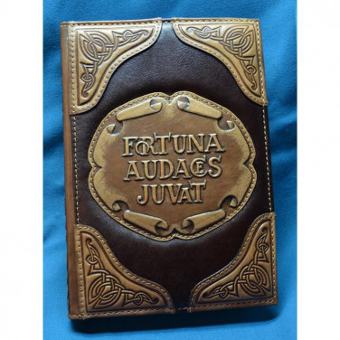 Блокнот кожаный мужской FORTUNA AUDACES JUVAT brown leather