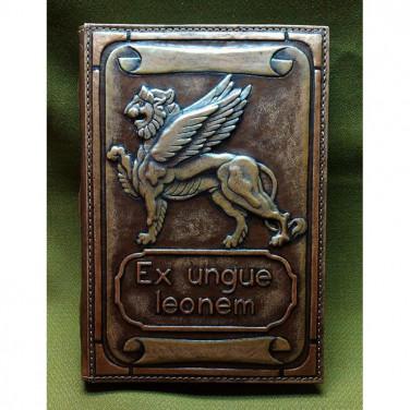 Блокнот в шкіряній палітурці EX UNGUE LEONEM brown leather