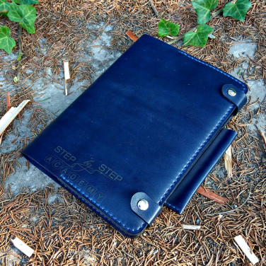 Щоденник у шкіряній обкладинці Вasilic blue leather