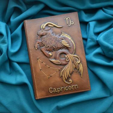 Шкіряний блокнот Зодіаку Козеріг brown leather