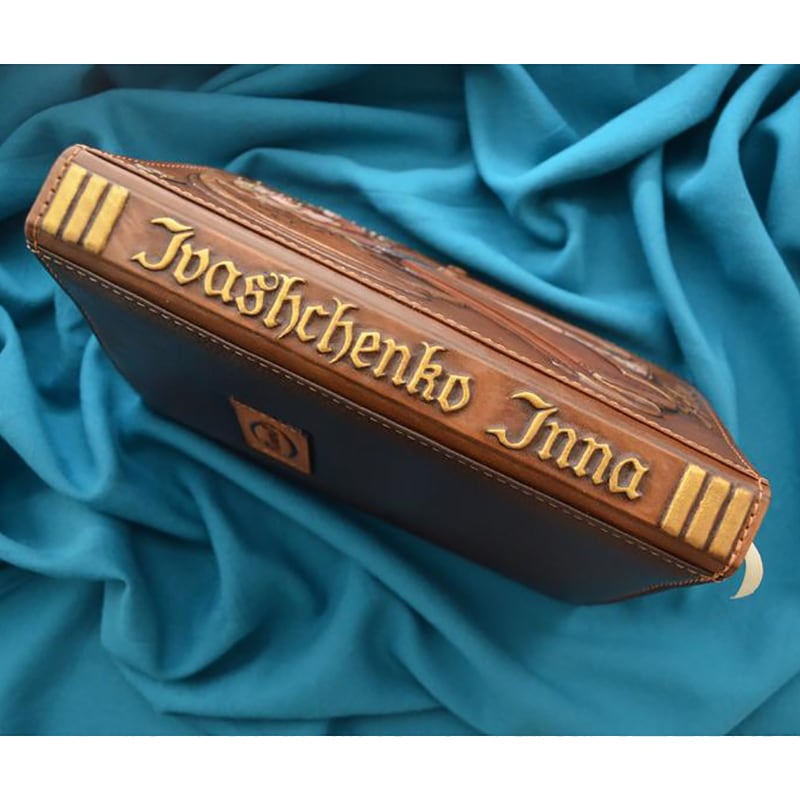 Блокнот в шкіряній палітурці Libra Zodiac brown leather