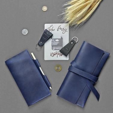 Шкіряні гаманці Family Travel Case Blue Leather