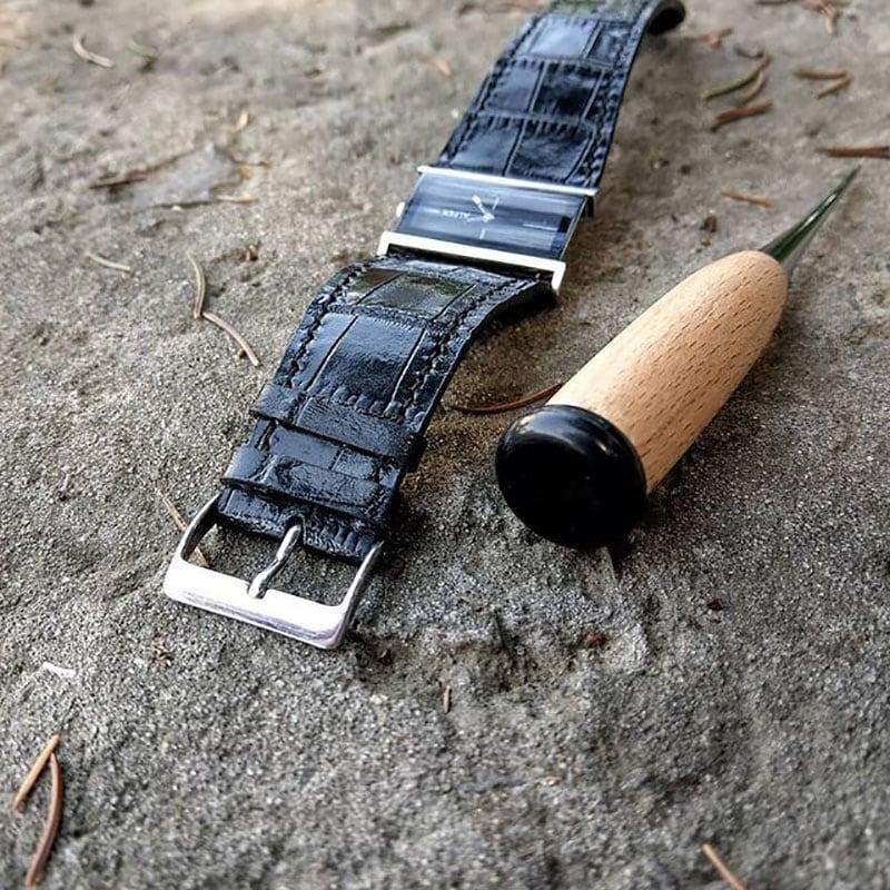 Жіночий шкіряний ремінець для годинника аlligator black leather