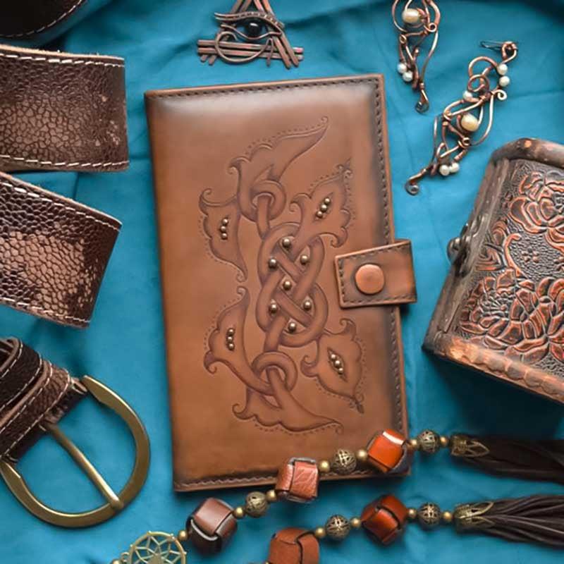 Женский кошелек Purse Celtic brown leather