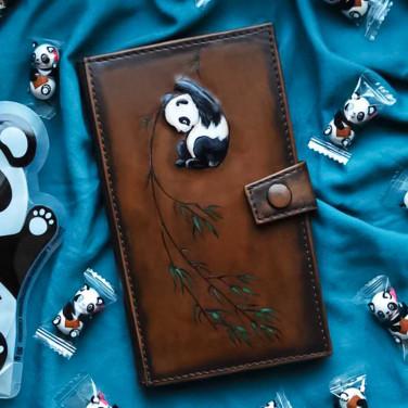 Жіночий гаманець Purse Panda brown leather