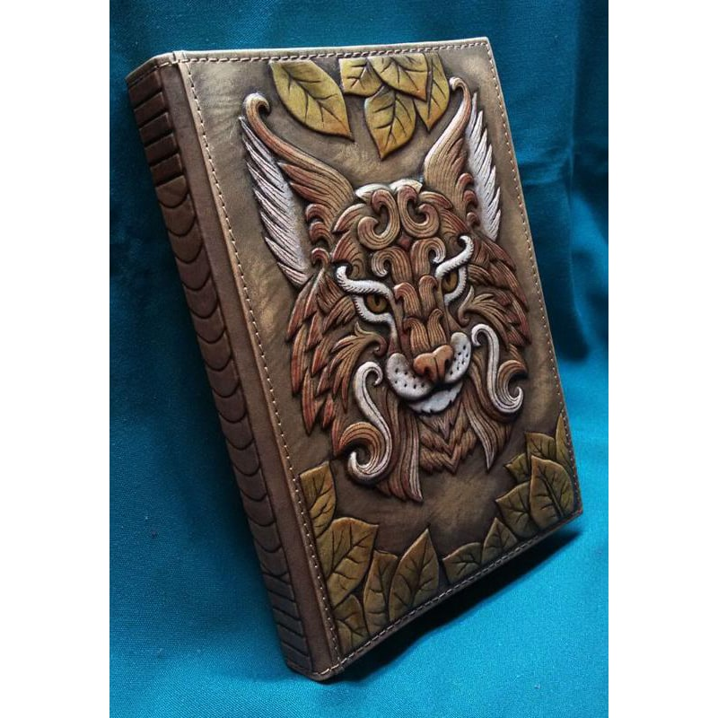 Ежедневник в кожаной обложке женский Волшебная Рысь brown leather