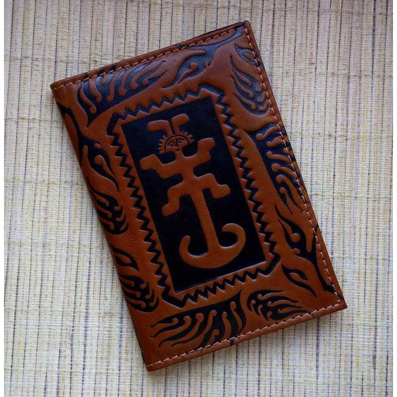 Обкладинка на паспорт Amulet brown leather