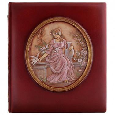 Шкіряний фотоальбом Богиня Еостра brown leather