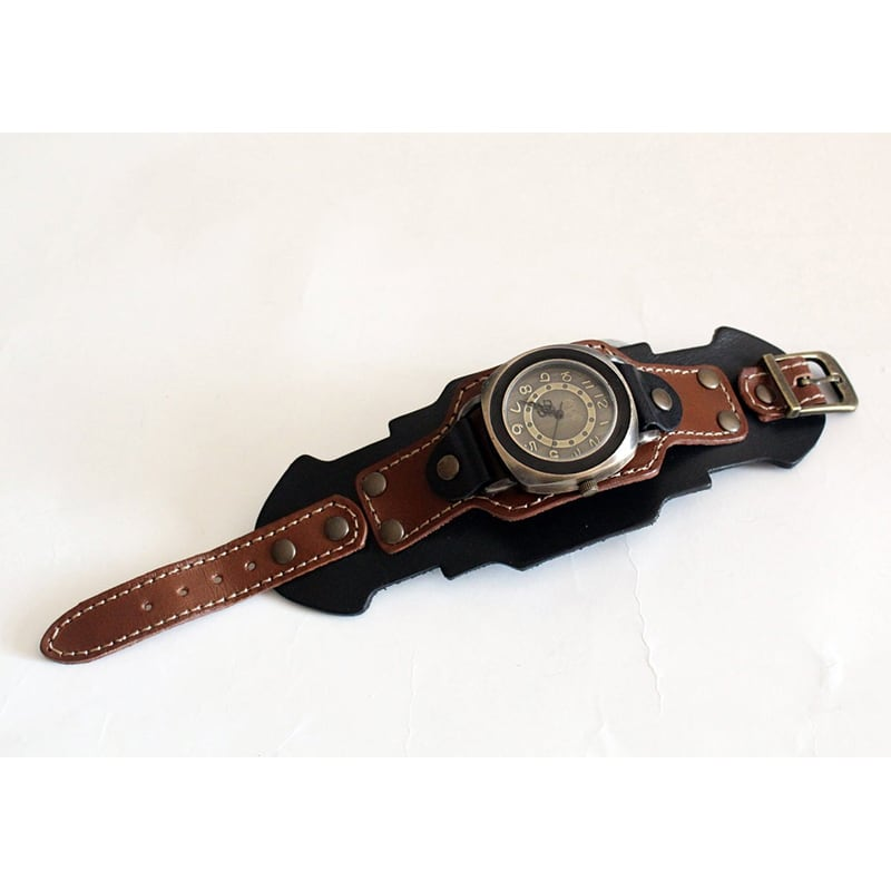 Часы мужские с кожаным ремешком Retro