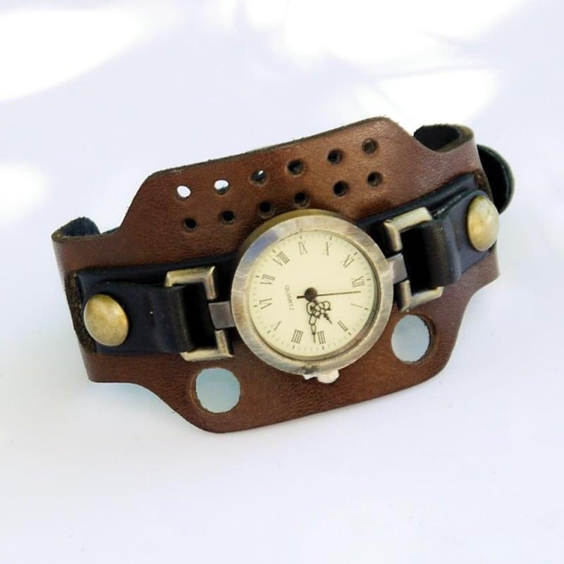 Часы женские с кожаным ремнем Rétro