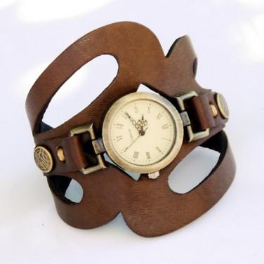 Часы женские с кожаным браслетом Baroque