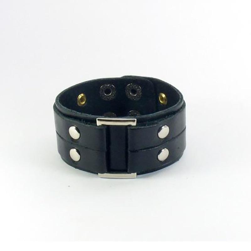 Кожаная манжета Urban Style black leather