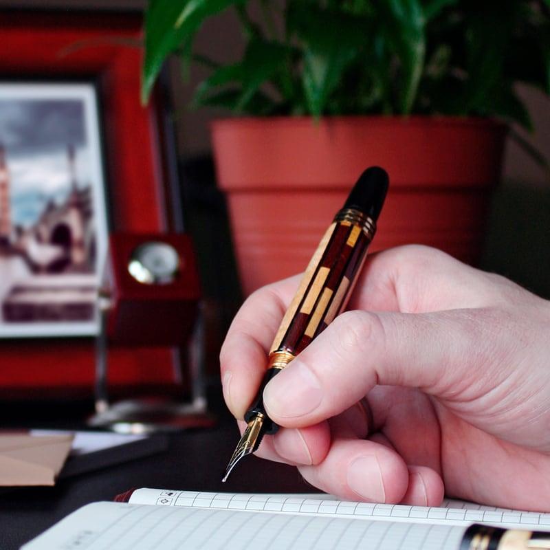 Элитная ручка перо Churchill