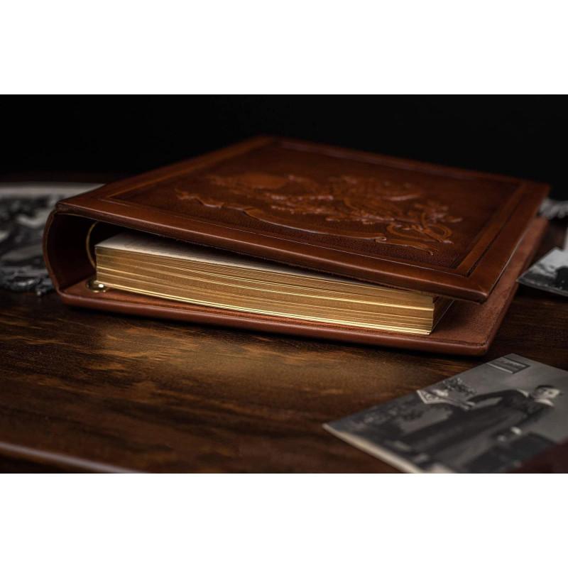 Родовід книга Геральдичний Грифон brown leather